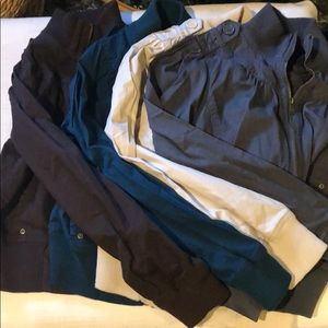 Lot of 4 zip jackets Sz M